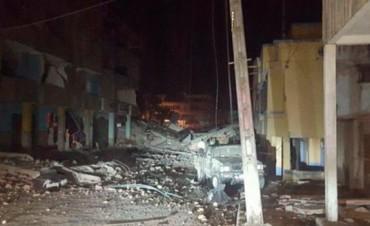 Fuerte terremoto en la zona costera de Ecuador, reportan 28 muertos