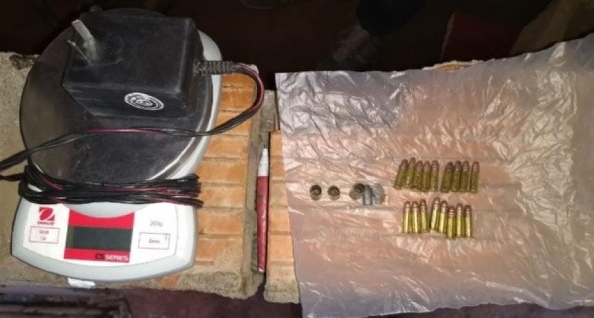 Secuestran municiones y flores de marihuana
