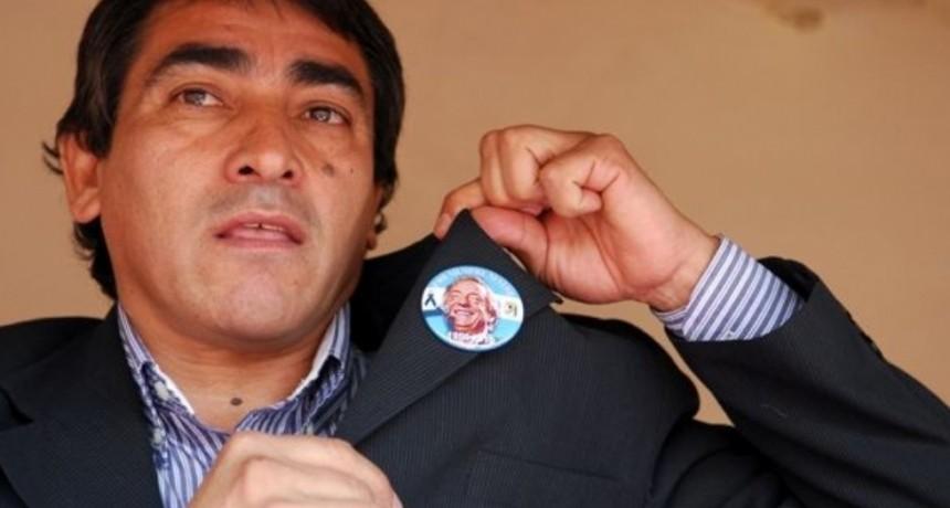 Elpidio Guaraz denuncio que le robaron 80.000 pesos de su despacho