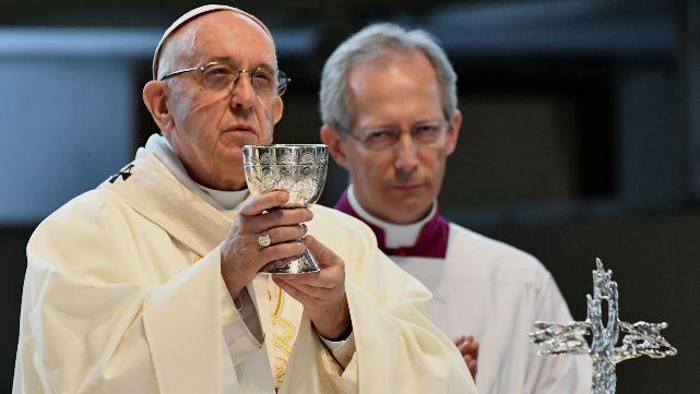 """""""Rezo por ellos"""": el Papa recordó a los periodistas asesinados"""