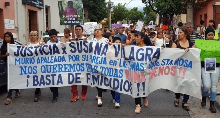 Marchan en repudio a los 3 femicidios
