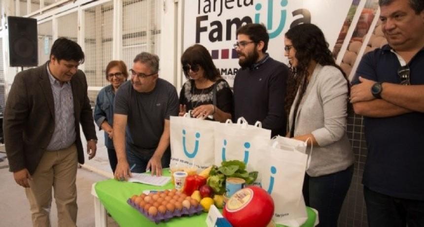 Beneficiarios de la Tarjeta Familia podrán comprar en el Abasto