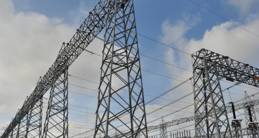 CAMMESA comenzó a restringir la energía a las distribuidoras morosas