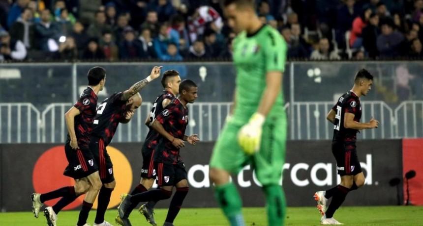 River le ganó 2 a 0 a Palestino y se clasificó a los octavos de final de la Copa Libertadores
