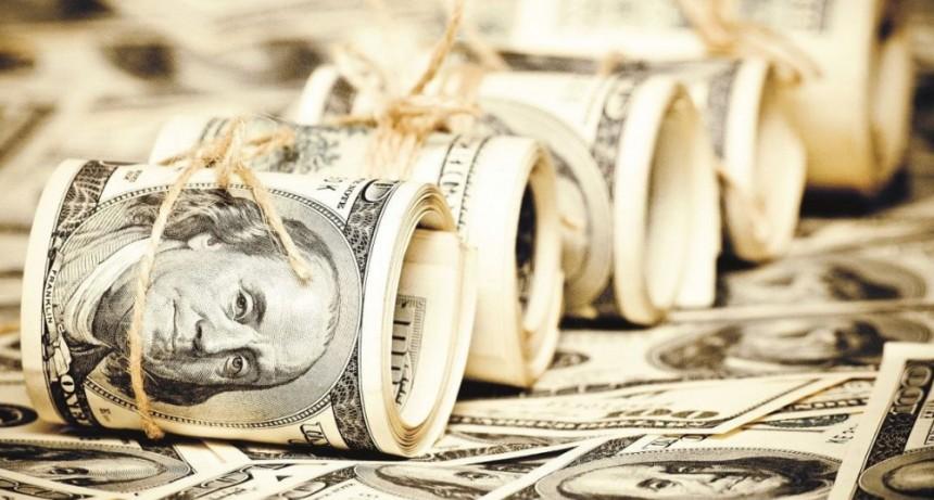 El dólar extiende la baja y se vende a 44,50 pesos en el Banco Nación