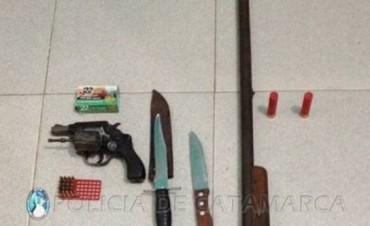 Secuestro de Armas Blancas y de Fuego en La Paz