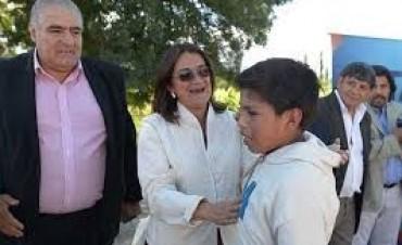 """Curioso """"piquete"""" en Pirquitas a favor de Lucía y Octavio"""