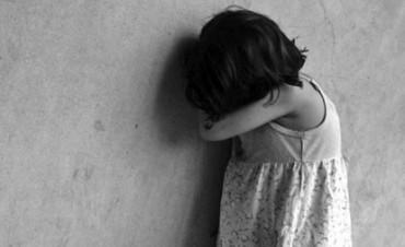 Brutal golpiza del Padrastro a su hijastra  4 años la nena termino internada