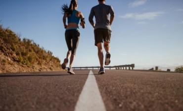 Entrenar en pareja: la rutina fit que fortalece el amor