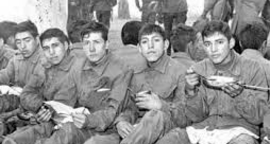 Piden la detención de 26 militares por torturar a soldados Argentinos en Malvinas