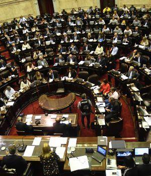 La oposición aceptó no discutir el IVA