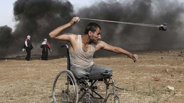 Un palestino sin piernas asesinado por Israel, símbolo de la masacre en Gaza