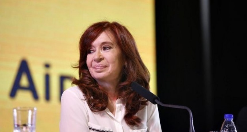 CFK: Tienen más planes sociales que los que dejamos los choriplaneros
