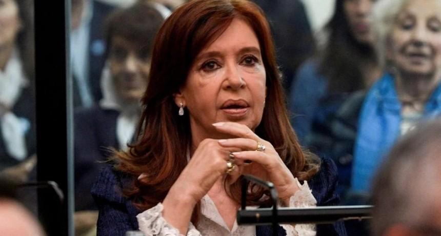 Del silencio de Cristina a la risa de Lázaro Báez: así fue el primer día del juicio a la expresidenta