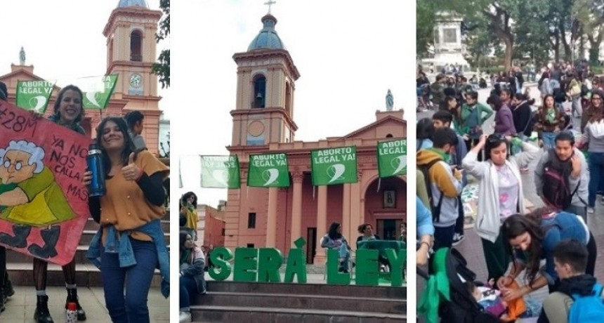 En Catamarca también marcharon a favor del aborto