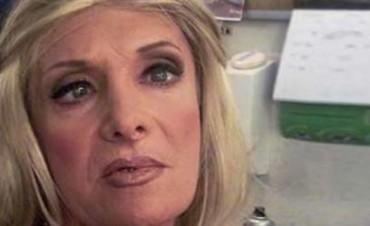 Escándalo  Zulma Lobato incendió la Casa de su Vecina
