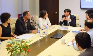 Lucía firmó un importante convenio con Diego Bossio