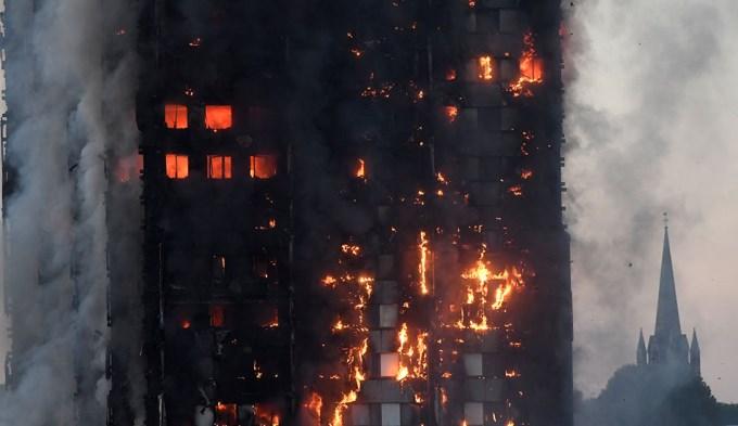 Infernal incendio en edificio de Londres: 6 muertos