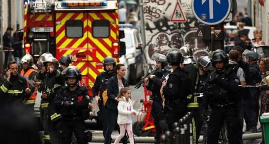 Liberaron a rehenes en París y detuvieron al secuestrador