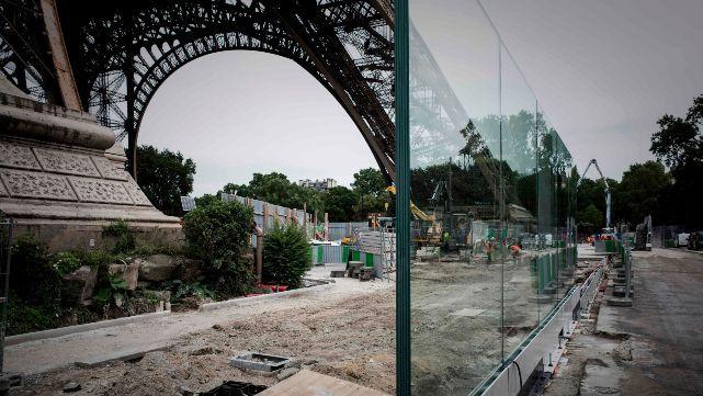 Blindan la torre Eiffel contra atentados
