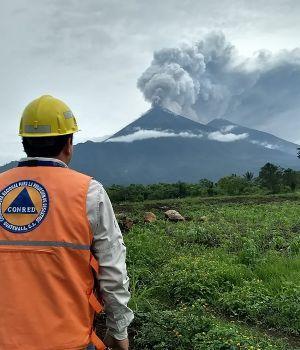 Violenta erupción de volcán en Guatemala: 62 muertos y muchos desaparecidos