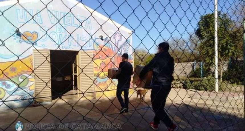 Policías entregaron donaciones en Valle Viejo