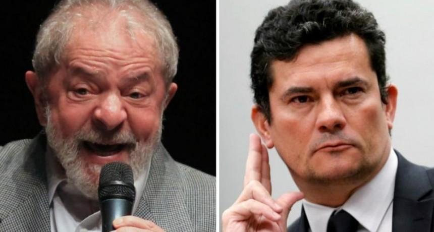 Conversaciones privadas revelarían que Moro y fiscales conspiraron contra Lula