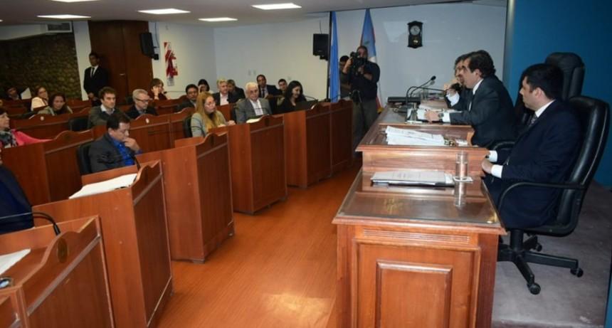 Proponen otra ronda de consulta sobre la reforma constitucional