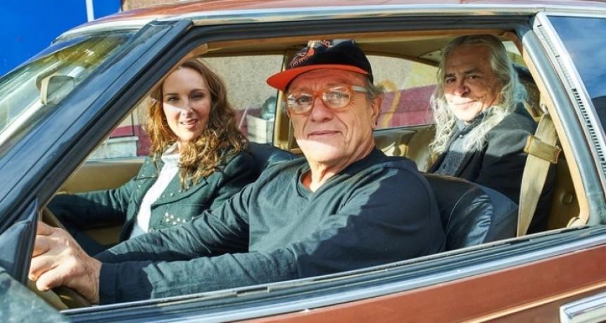El emotivo encuentro entre los ex músicos de Almendra a 50 años del estreno de Muchacha ojos de papel