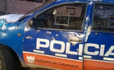 Sujetos Apedrearon un móvil policial
