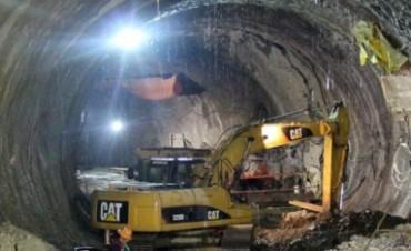 Corpacci encargó construcción de un túnel y lo pagará con rodocrosita