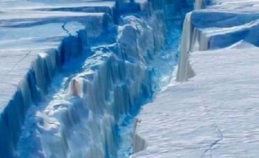 Se desprendió uno de los icebergs más grandes de la Antártida