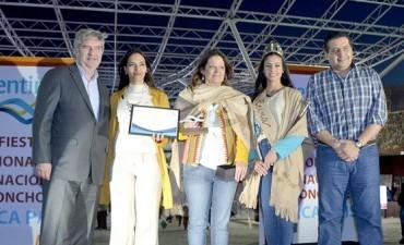 """La Fiesta Nacional e Internacional del Poncho es """"MARCA PAÍS"""""""