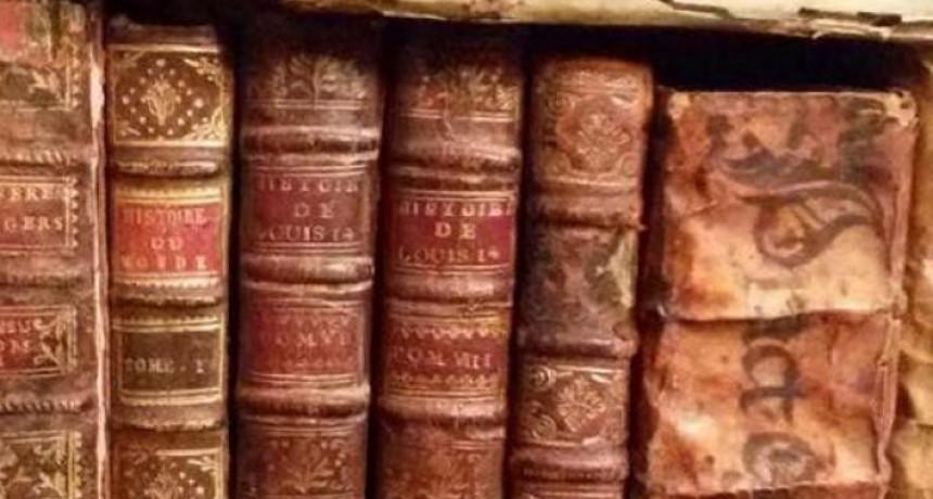 Hallan libros envenenados en una biblioteca de Dinamarca