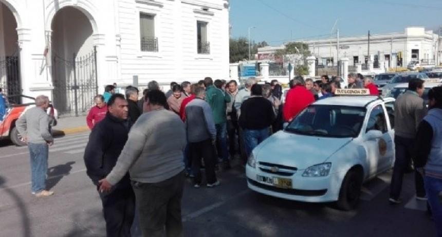 Desde hoy aumento en la tarifa de Taxis y Remises