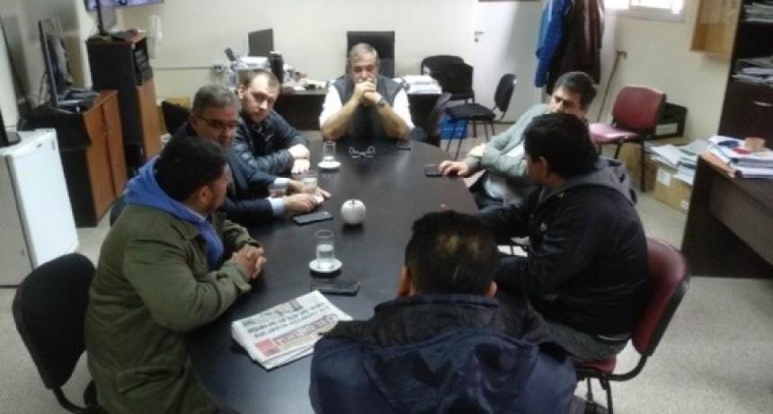 A pesar de la reunión entre Municipio Gremio y Cabur el PARO municipal sigue