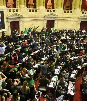 Aborto: fuerte cruce entre senadores peronistas