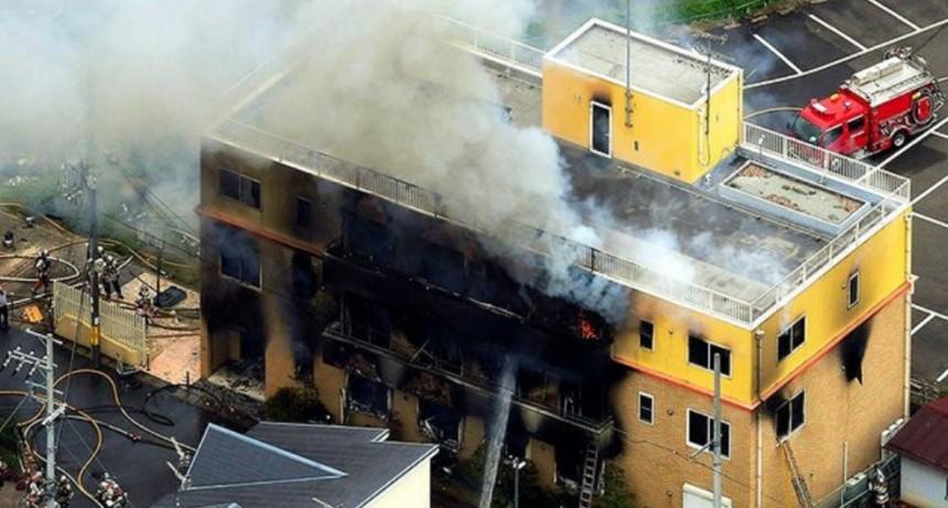 Un hombre provocó un incendio en Japón y fallecieron al menos 24 personas