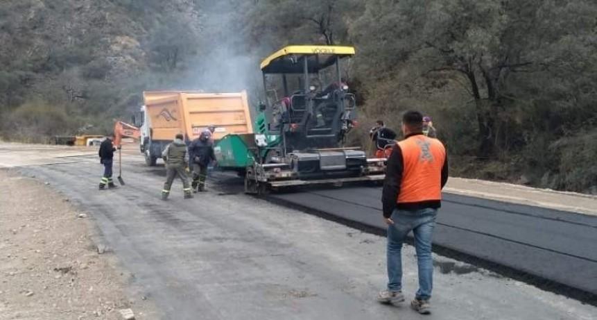 Cébila: se inició la pavimentación de los tramos dañados
