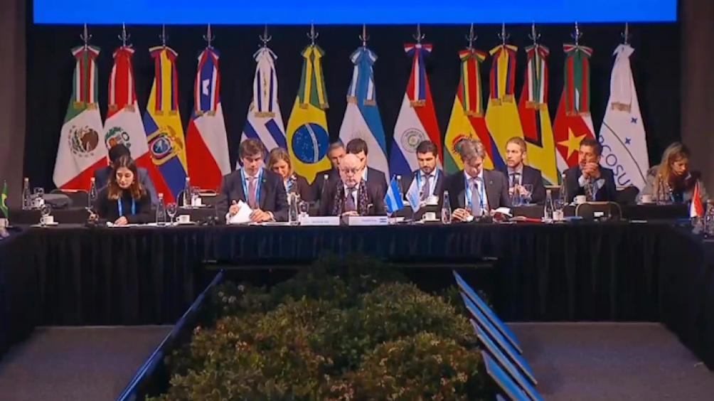 Cancilleres hicieron eje en el acuerdo con Unión Europea y evitaron una postura política
