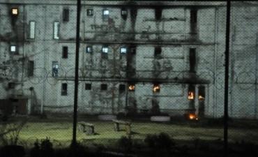 Motín y huelga de hambre en una cárcel de mujeres de Mendoza