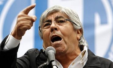 """Moyano, enojado con Macri por las señales """"hostiles"""""""