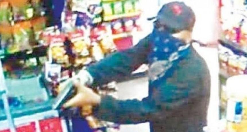 INSEGURIDAD: Delincuentes desvalijan y amedrentaron al menos a 5 comerciantes