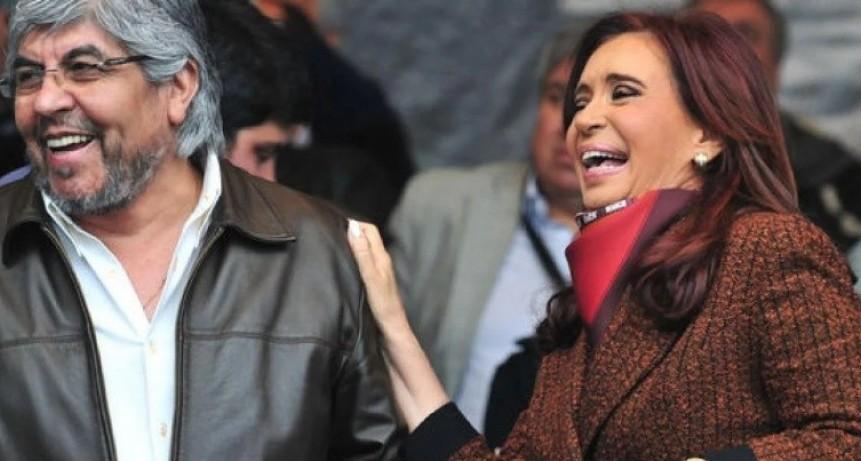 Después de años de enfrentamientos MOYANO y CFK mas juntos que nunca