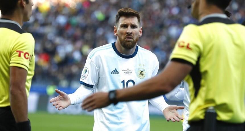 Dura sanción: la Conmebol suspendió por tres meses a Messi