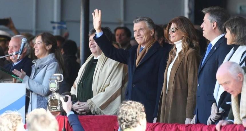 Macri, en la Rural: Se tienen que terminar las retenciones