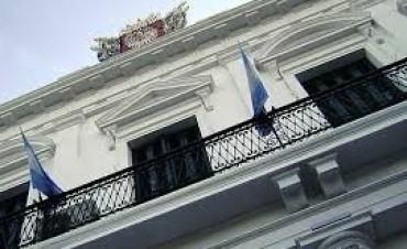 El Gobierno se otorgó un aumento del 30% para autoridades y funcionarios