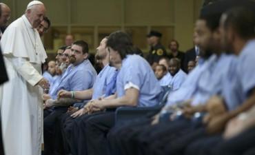 Un gesto de aliento para 77 reclusos en Filadelfia