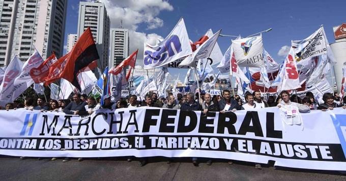 Miles de personas salieron a la calle por la Marcha Federal