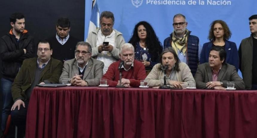 Gobierno postergó negociación y docentes extienden el paro universitario